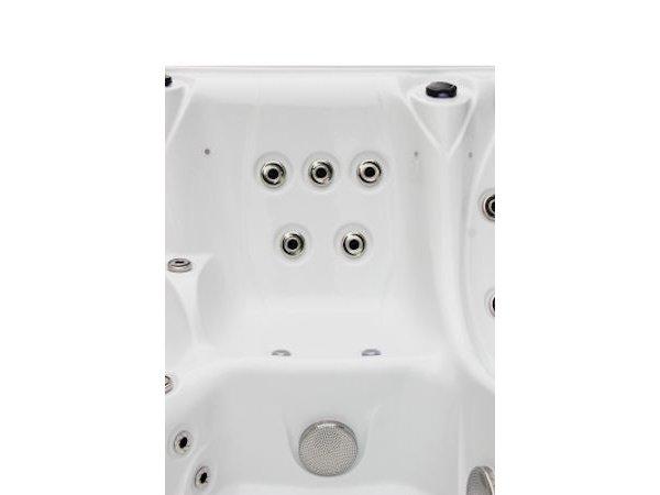 Jacuzzi-TubHub-2805-09-White