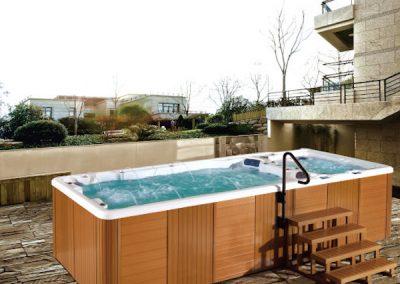 Swimming-Pool-8802-TubHub-Scene