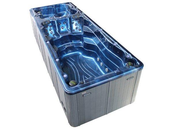 Swimming-Pool-8801-TubHub-Scene