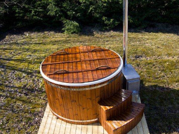 TubHub-Wood-Burning-Hot-Tub-With-External-Burner-S