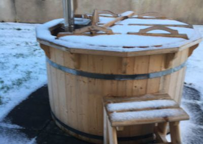 Wood-Burning-Hot-Tub-TubHub-Garden-Snow