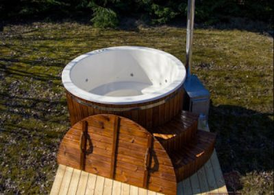 Wood-Burning-Hot-Tub-TubHub-Garden-Wooden-Cover