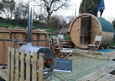 Wood-Burning-Hot-Tub-TubHub-SetUp